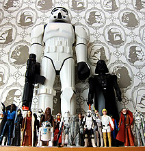 Imperial Forces Wallpaper: The Dark Side Of Interior Design