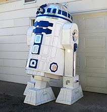 Insanely Dedicated Star Wars Fan Builds Massive R2D2