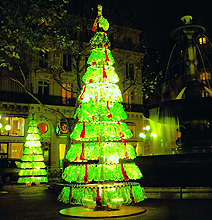 Recycled Soda Bottles Make For A Stunning Christmas Tree!