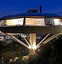 14 Spaceship Homes: Get Ready To Ditch Earth By 2012!