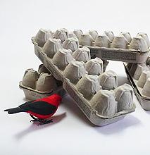 When Design Gets Trashy – The Egg Carton Lamp