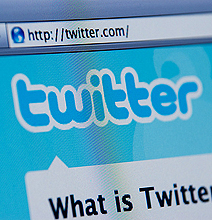 Twitter Lazyweb: How Twitter Users Are Getting Lazy