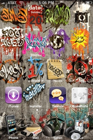 iPhone Goes Outlaw – Graffiti Theme