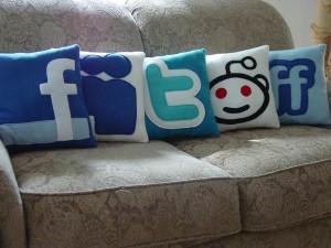 social-pillows2