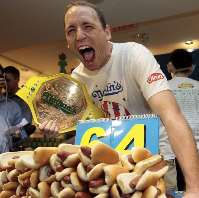 68 Hot Dogs in 10 Mins – New World Record!