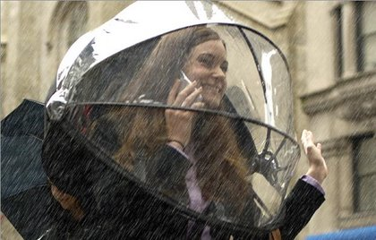 Hands Free Umbrella | Half the Cool of Bubble Boy!