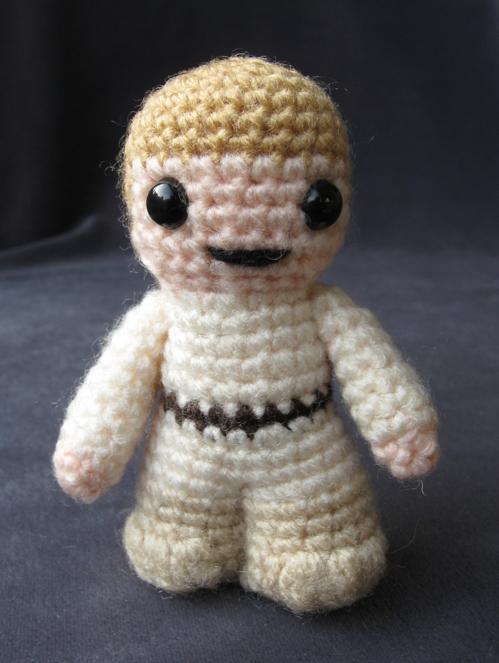 Amigurumi Sewing Machine Pattern : Mini Star Wars Amigurumi Cuddly Is Finally Cool