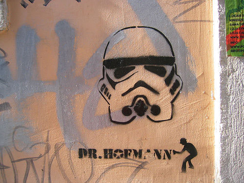Star Wars Stencil Art – Our Old Favorites with a New Twist