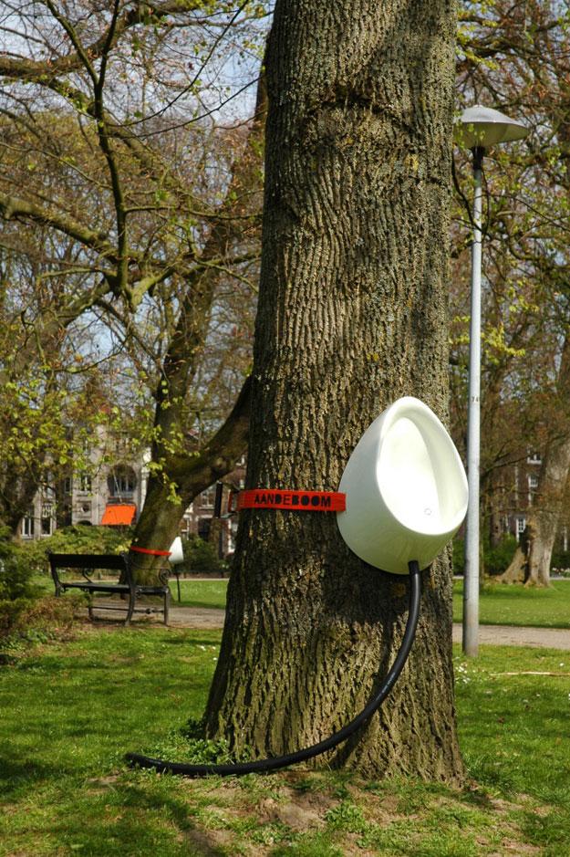 The Tree Urinal – The Next Generation Porta Potty