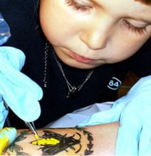 The World's Youngest Tattoo Artist – She's 3 Years Old!