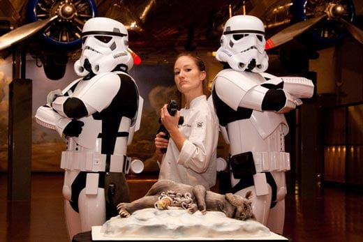 Star Wars Artist Gets Married – What's Wrong With The Cake?