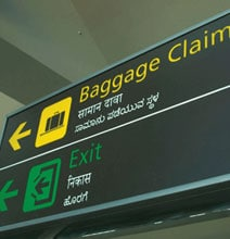 A Creative Way To Identify Your Suitcase When Traveling
