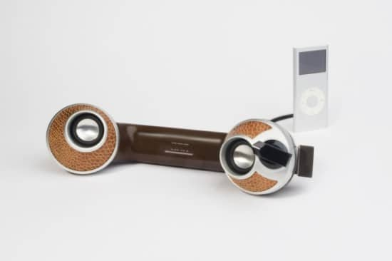 Retro Bakelite Phone: The True MP3 Player Speaker System!