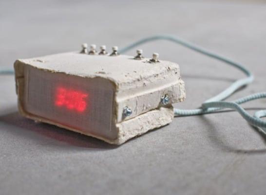 Digital Paper Alarm Clock: The Edge Of 100% Recyclability!
