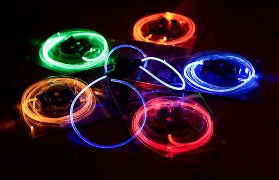 Как сделать светящиеся шнурки из подручных средств видео - Mojito-s.ru