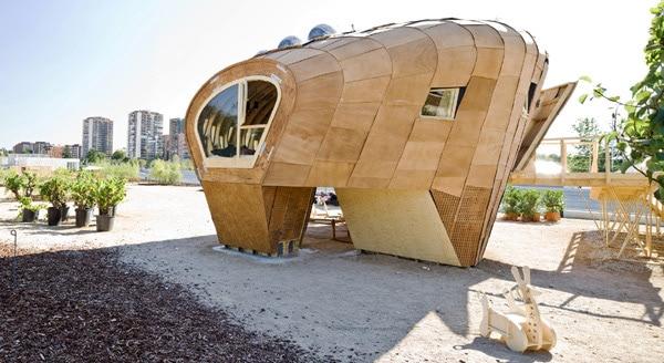 Beehive House: Creativity Has No Boundaries