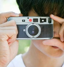 Dress Up Your iPhone 4 Leica Style!