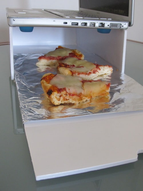 MacOven: Cook Your Food In A MacBook Microwave