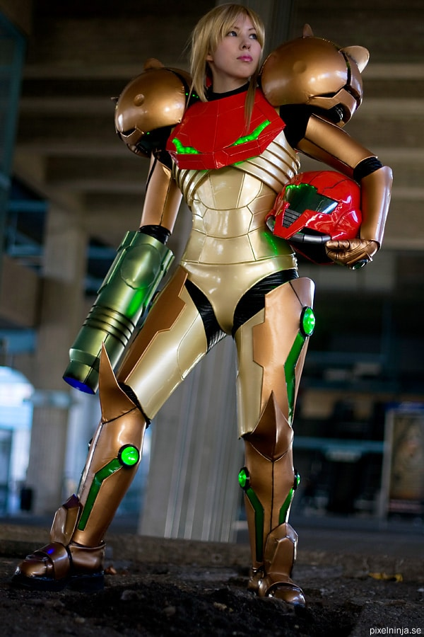 Swedish Cosplay Girl Takes Metroid's Samus Beyond Cool!