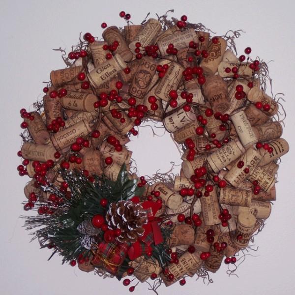 Cork Wreath: How To: Create A Recycled Wine Cork Christmas Wreath