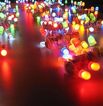 LED Throwies: Colorful Holiday Lights For Geeks!