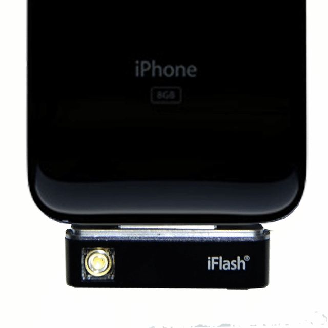 iFlash: Adds An LED Flash To Your Old iPhone