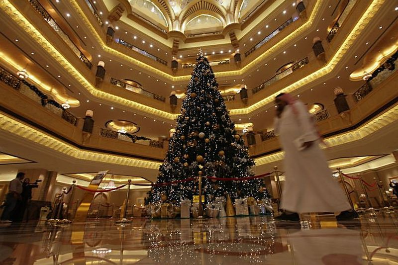 This Is What An $11 Million Dollar Christmas Tree Looks Like!