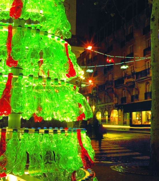 Recycled Soda Bottles Make For A Stunning Christmas Tree