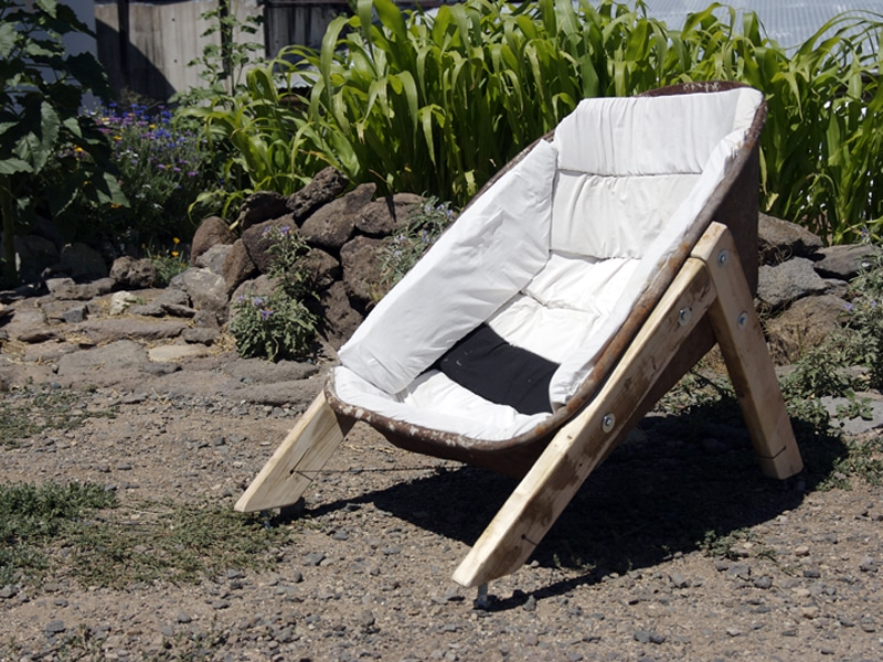 Wheelbarrow Chair: The Hillbilly Way To Chill In The Sun