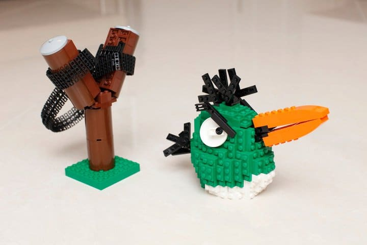 Lego Angry Birds Slingshot Build