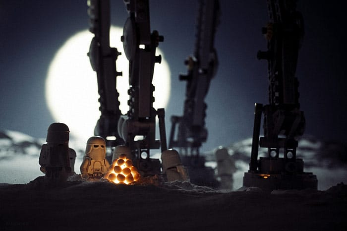 AT-AT Walker With Stormtroopers Light