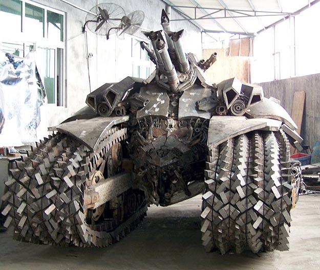 Decepticon Megatron Steel Tank Design