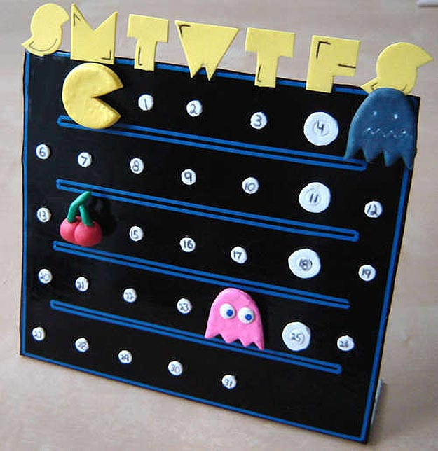 DIY Geektastic Pac-Man Calendar (Chomp Chomp)