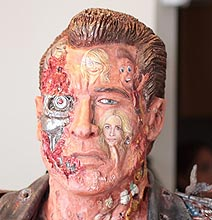 Movie Lovers: Geektastic Terminator Sculpture Of Film History