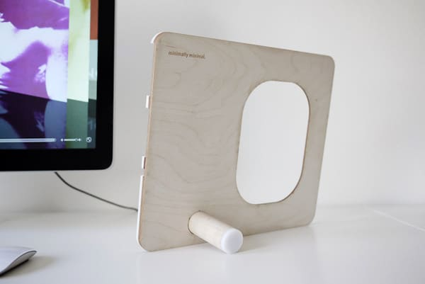 PolyPly Wooden Gadget Holder Design