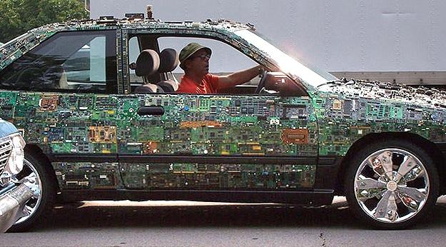 Working Circuit Board Car