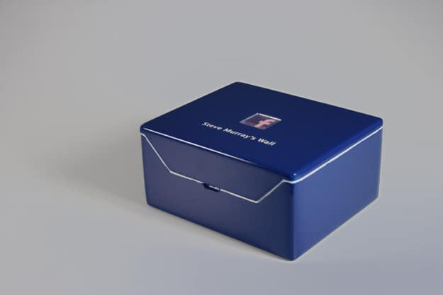 Facebook Status Update Box: Social Networking Gets Physical
