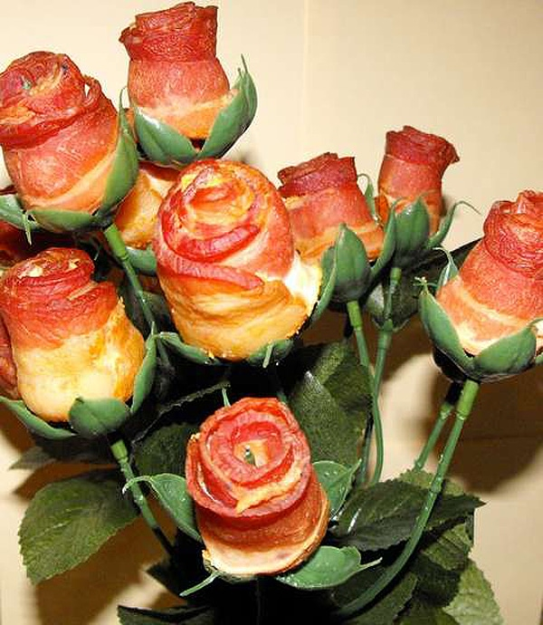 How To: Make A Bouquet Of Bacon Roses