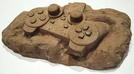 Retro Modern Gadget Fossil Design