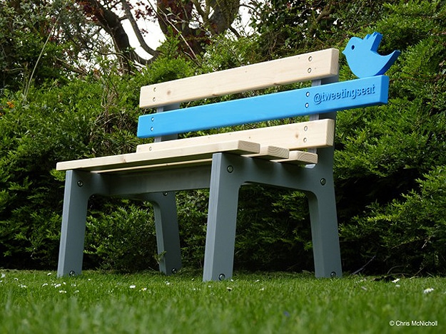 Park Bench Twitpics and Tweets