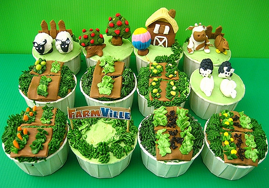 Farmville Facebook Decorated Cupcakes