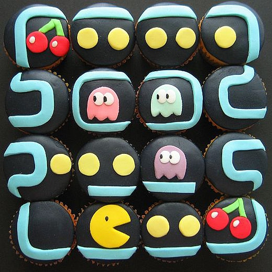 Pacman Decorated Game Cupcakes