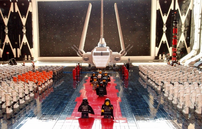 Epic Lego Star Wars Arrival