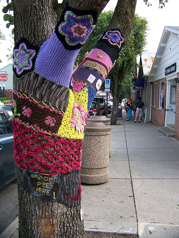 Yarn Bombers Global Graffiti