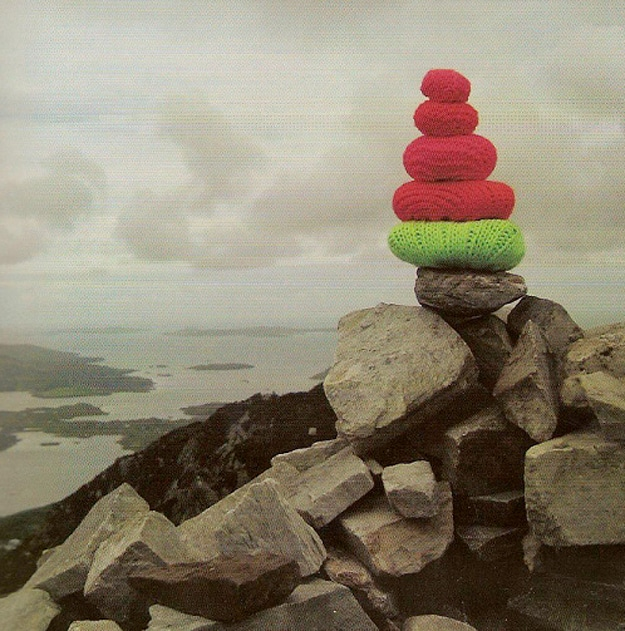 Yarn Bombers Artist Sensation