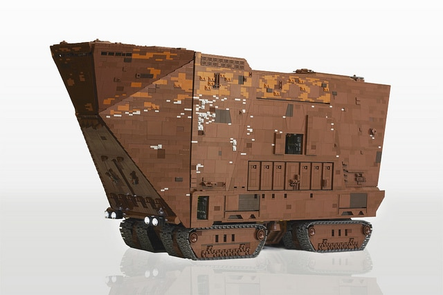 10,000 Piece Lego Star Wars Crawler Is Pure Awesomeness