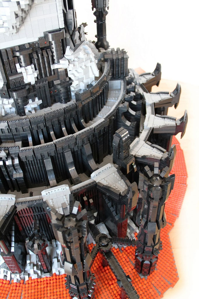 Epic Lego Barad-dur Tower Build