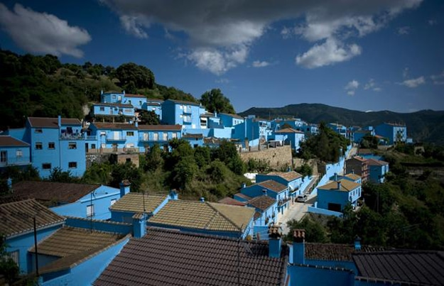 Smurf Village: The Real Life Completely Blue Town