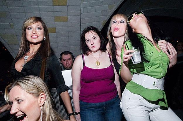 Women's Facebook Photos Psychology