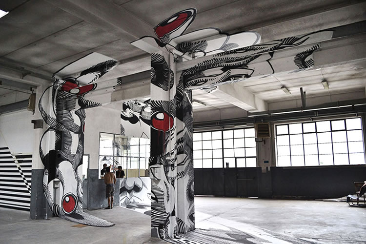 Anamorphic Street Art That Will Mess With Your Head Bit
